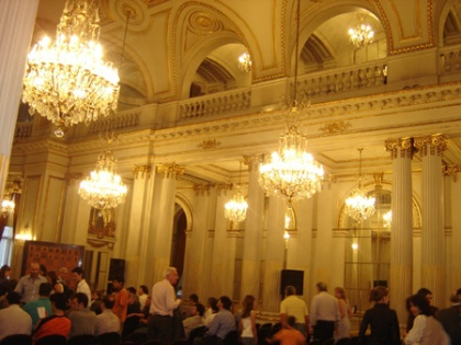 Vista panorámica del salón Dorado de la Legislatura de BuenosAires
